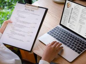 Comment améliorer son CV pour trouver rapidement un emploi ?